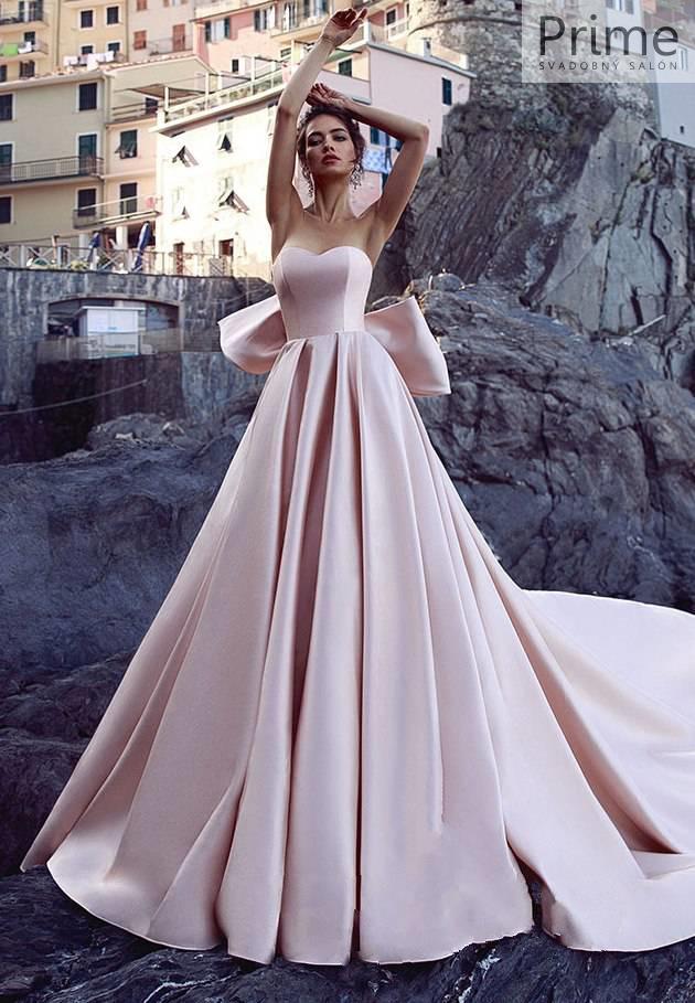 3d183086380d Svadobný salón PRIME Bratislava - unikátne svadobné šaty